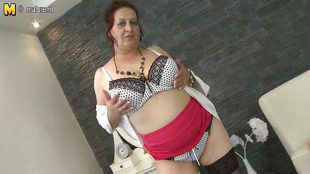 彼女は肛門の約束を持っていたし、彼女の約束を守る アダルト 女性 複数