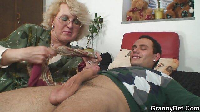 日焼けプールで押しつぶしたタオル 無料 セックス 動画 女性