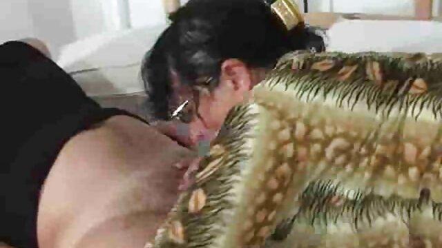 ナイジェリアの男は売春婦に彼の大きなフラッシュを取る 無料 エロ 動画 女性 むけ